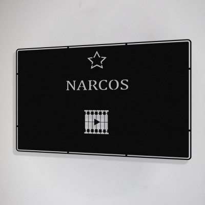 Benim Favori Dizim Narcos Tasarım Metal Tablosu 50x32cm